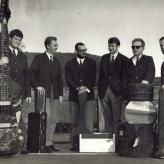 Fodvarmerne poserer 1964