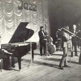 Papa Bue ved koncert i Dresden, DDR, 1971