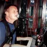 Dejlig hyggepianist til mine 50- og 60-års fødselsdage i Long John.