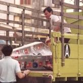 Kontrabassen måtte sikres mod transportskader i en uhåndterlig sarkofag